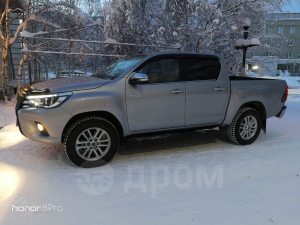 Toyota Hilux Pick Up, 2015 год, 2 230 000 руб.