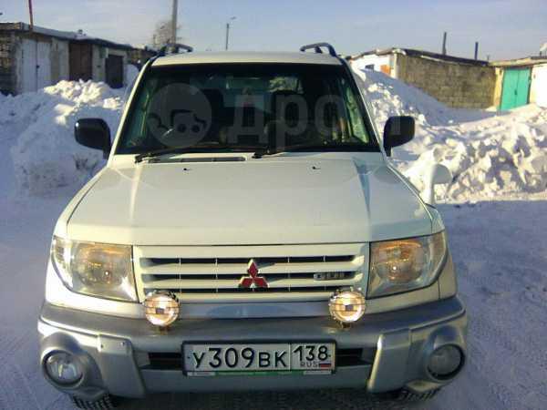 Mitsubishi Pajero iO, 1999 год, 320 000 руб.