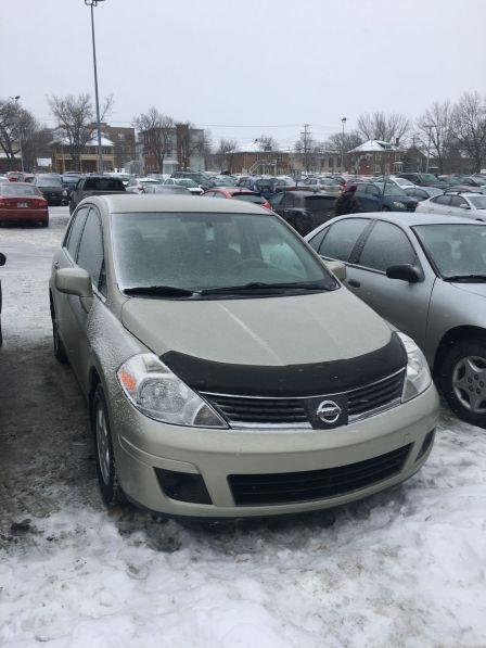 Nissan Versa 2007 - отзыв владельца