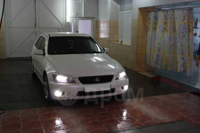 Toyota Altezza, 2002 год, 440 000 руб.