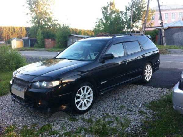 Nissan Avenir Salut, 2002 год, 270 000 руб.