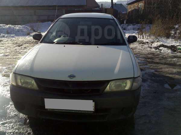 Nissan AD, 2001 год, 135 000 руб.