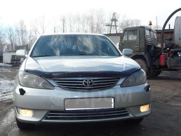 Toyota Camry, 2004 год, 610 000 руб.