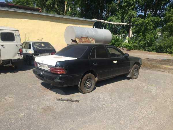 Toyota Camry, 1993 год, 28 000 руб.