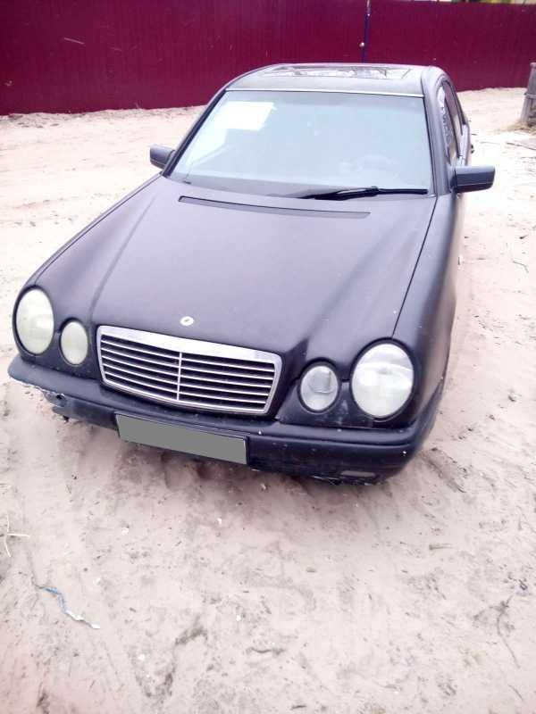 Mercedes-Benz E-Class, 1995 год, 140 000 руб.