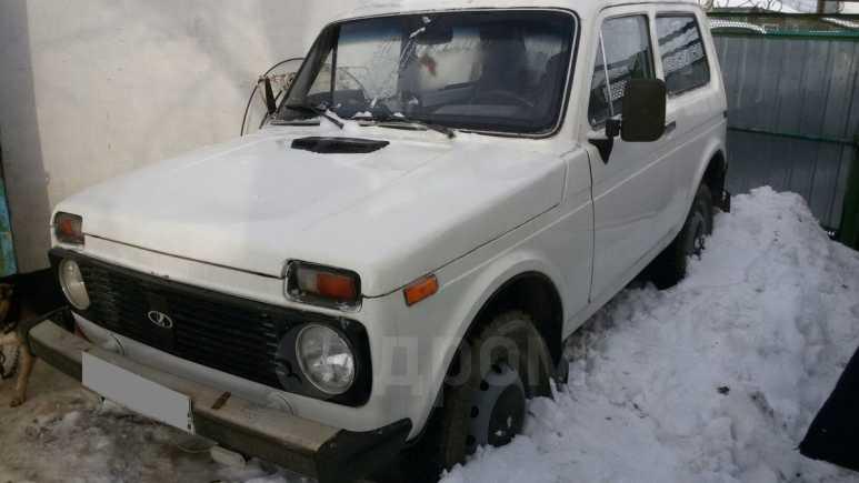 Лада 4x4 2121 Нива, 1996 год, 90 000 руб.