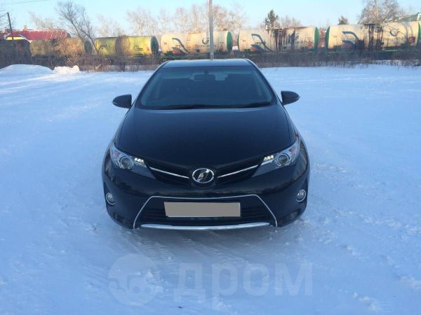 Toyota Auris, 2012 год, 740 000 руб.