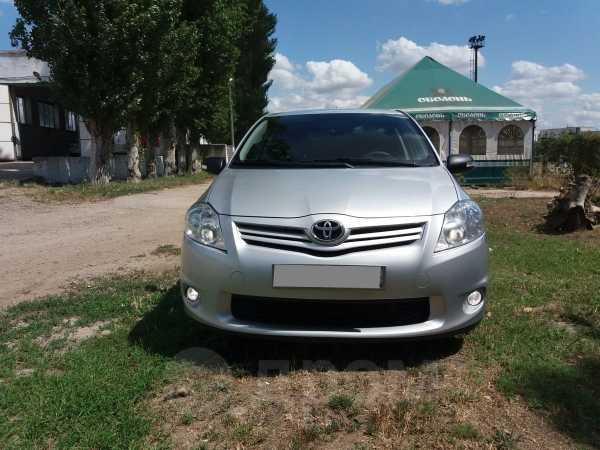 Toyota Auris, 2010 год, 600 000 руб.
