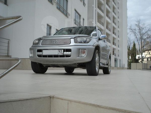Toyota RAV4, 2003 год, 469 000 руб.