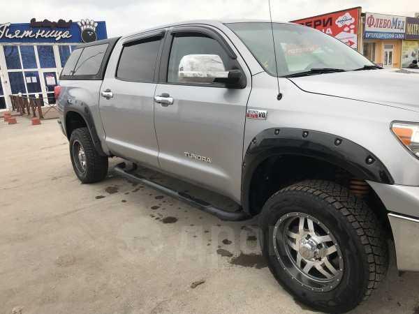 Toyota Tundra, 2010 год, 1 750 000 руб.