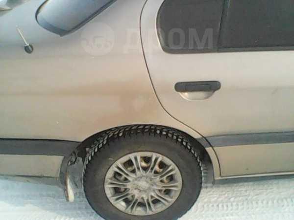 Nissan Primera, 1993 год, 135 000 руб.