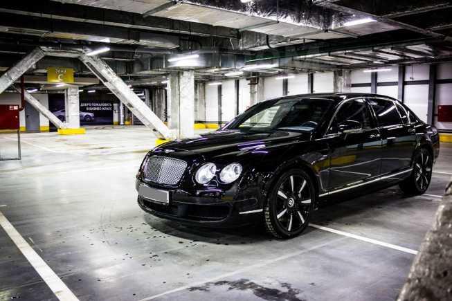 Bentley Flying Spur, 2005 год, 2 100 000 руб.