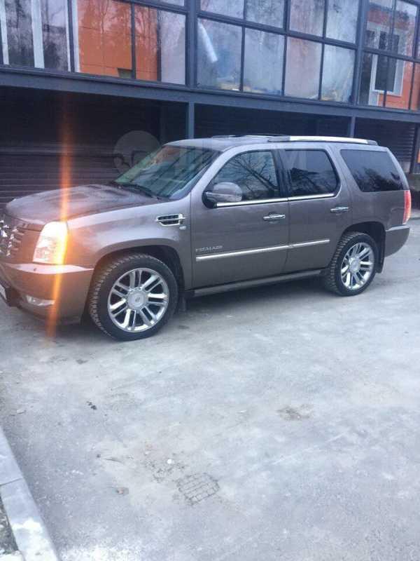 Cadillac Escalade, 2011 год, 1 780 000 руб.