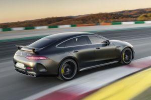 У Mercedes-Benz появился четырехдверный AMG GT