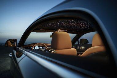 Rolls-Royce выпустит 55 экземпляров Wraith со специальным «звездным небом» в салоне