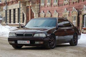 Народное ретро. Nissan Laurel C34 1995 года. Нестандартный формат