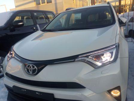 Toyota RAV4 2016 - отзыв владельца