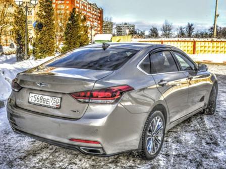 Hyundai Genesis 2015 - отзыв владельца
