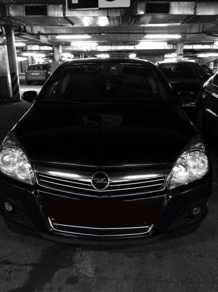 Opel Astra 2008 - отзыв владельца