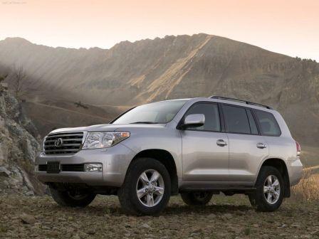 Toyota Land Cruiser 2010 - отзыв владельца