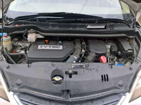 Honda Elysion 2005 - отзыв владельца