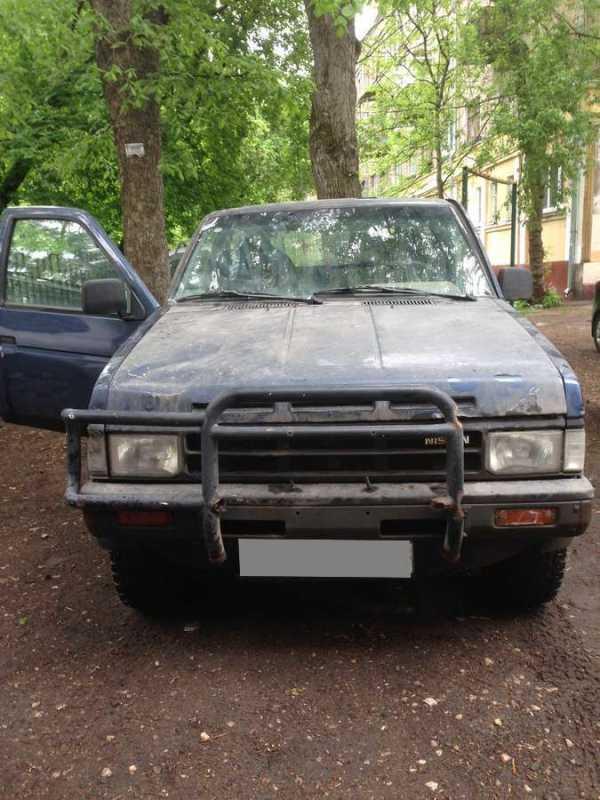Nissan Terrano, 1989 год, 43 000 руб.