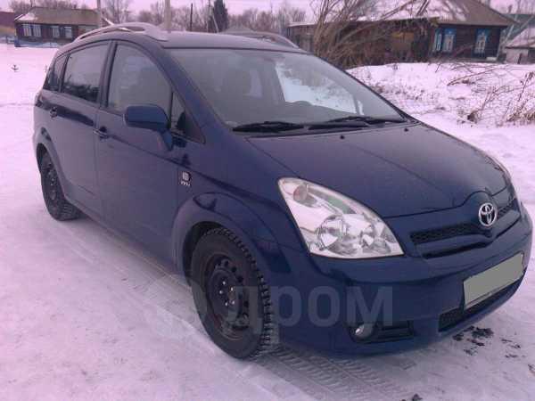 Toyota Corolla Verso, 2004 год, 430 000 руб.