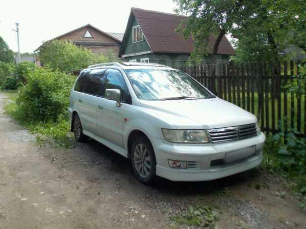 Mitsubishi Chariot, 1999 год, 280 000 руб.