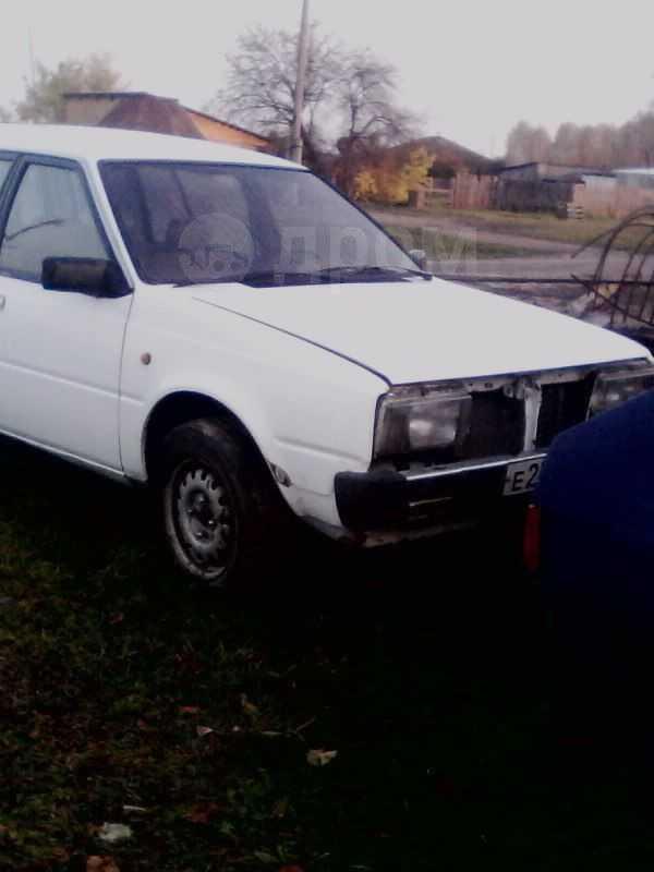 Nissan Liberta Villa, 1982 год, 20 000 руб.