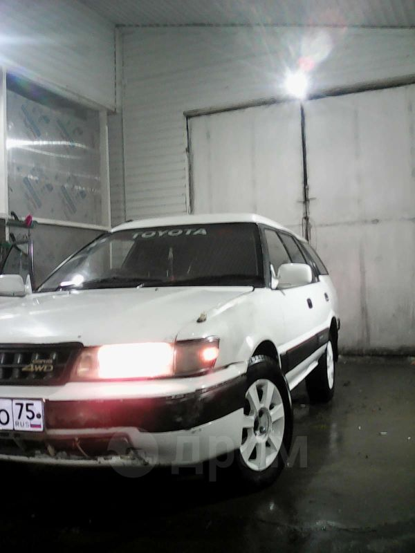 Toyota Sprinter Carib, 1990 год, 110 000 руб.
