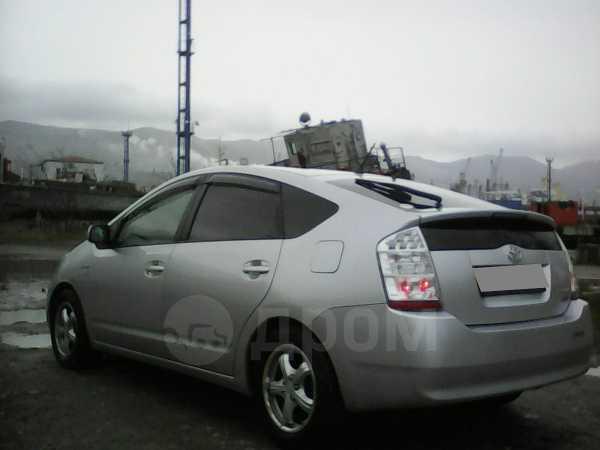 Toyota Prius, 2008 год, 555 000 руб.