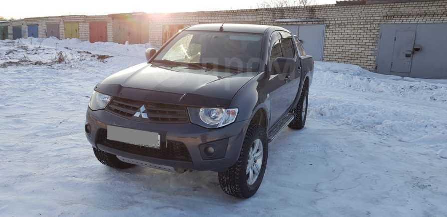 Mitsubishi L200, 2012 год, 860 000 руб.