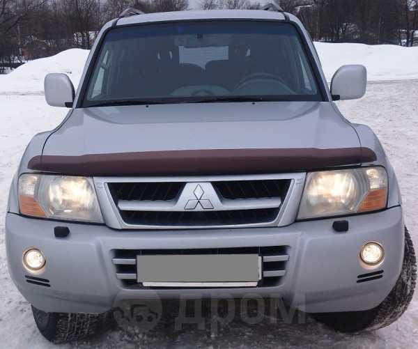 Mitsubishi Pajero, 2004 год, 565 000 руб.