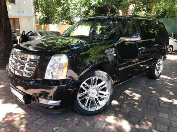 Cadillac Escalade, 2011 год, 1 450 000 руб.