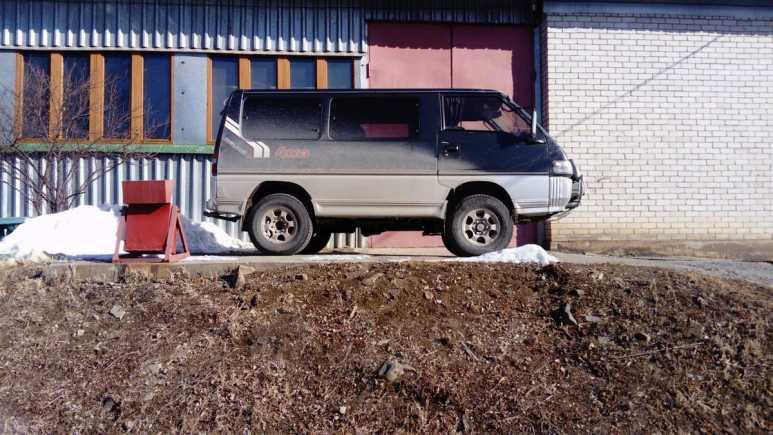 Mitsubishi Delica, 1990 год, 260 000 руб.