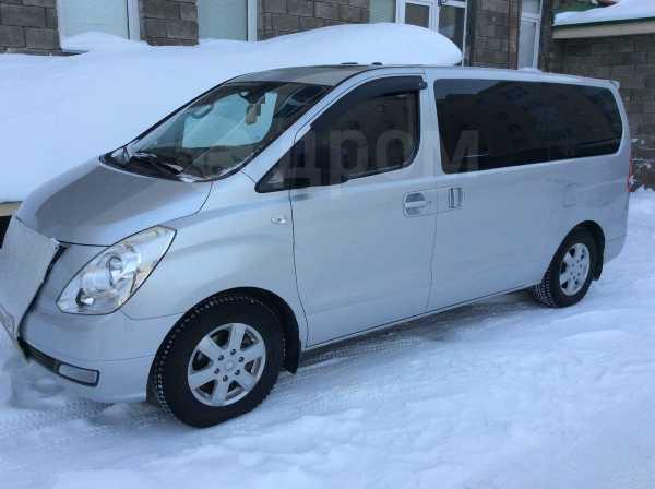 Hyundai Grand Starex, 2010 год, 950 050 руб.