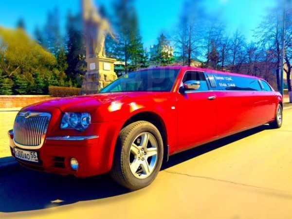 Chrysler 300C, 2008 год, 690 000 руб.