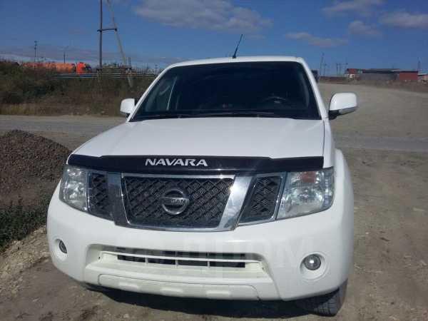 Nissan Navara, 2013 год, 870 000 руб.