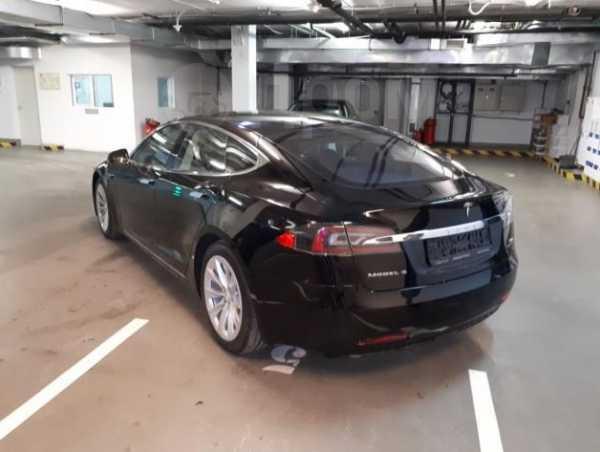 Tesla Model S, 2017 год, 7 000 000 руб.