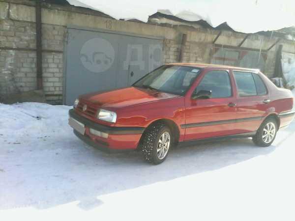 Volkswagen Vento, 1993 год, 140 000 руб.