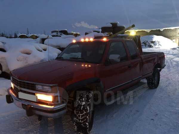 Chevrolet Suburban, 1998 год, 380 000 руб.