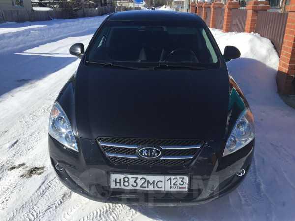 Kia cee'd, 2009 год, 390 000 руб.