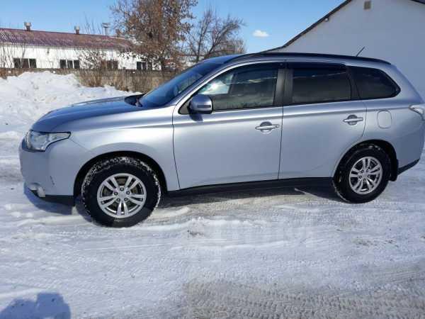 Mitsubishi Outlander, 2013 год, 779 000 руб.