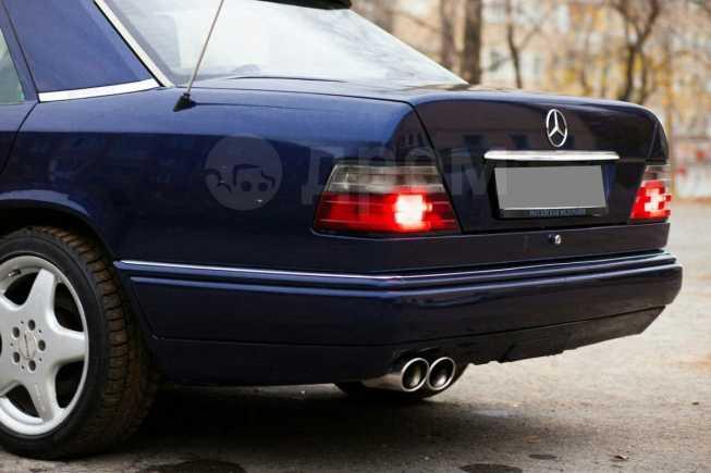 Mercedes-Benz E-Class, 1994 год, 329 000 руб.