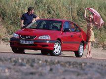 Toyota Avensis рестайлинг 2000, лифтбек, 1 поколение, T220