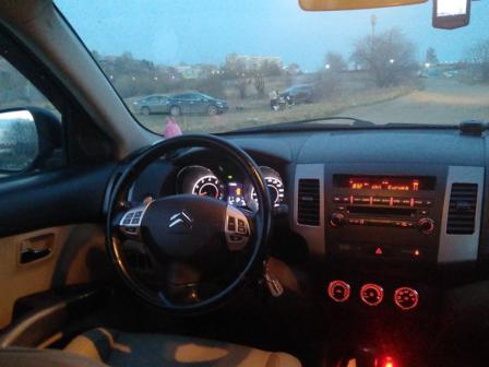 Citroen C-Crosser 2012 - отзыв владельца