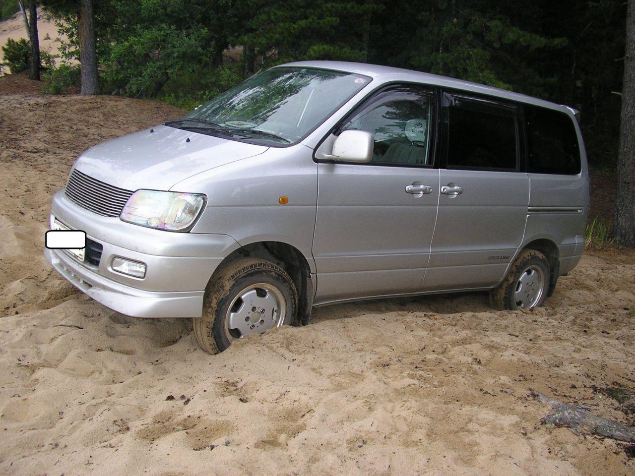 Вот тут в песках Байкала я и подсел, но выехав и спустив колеса до 0,5 - проехал.