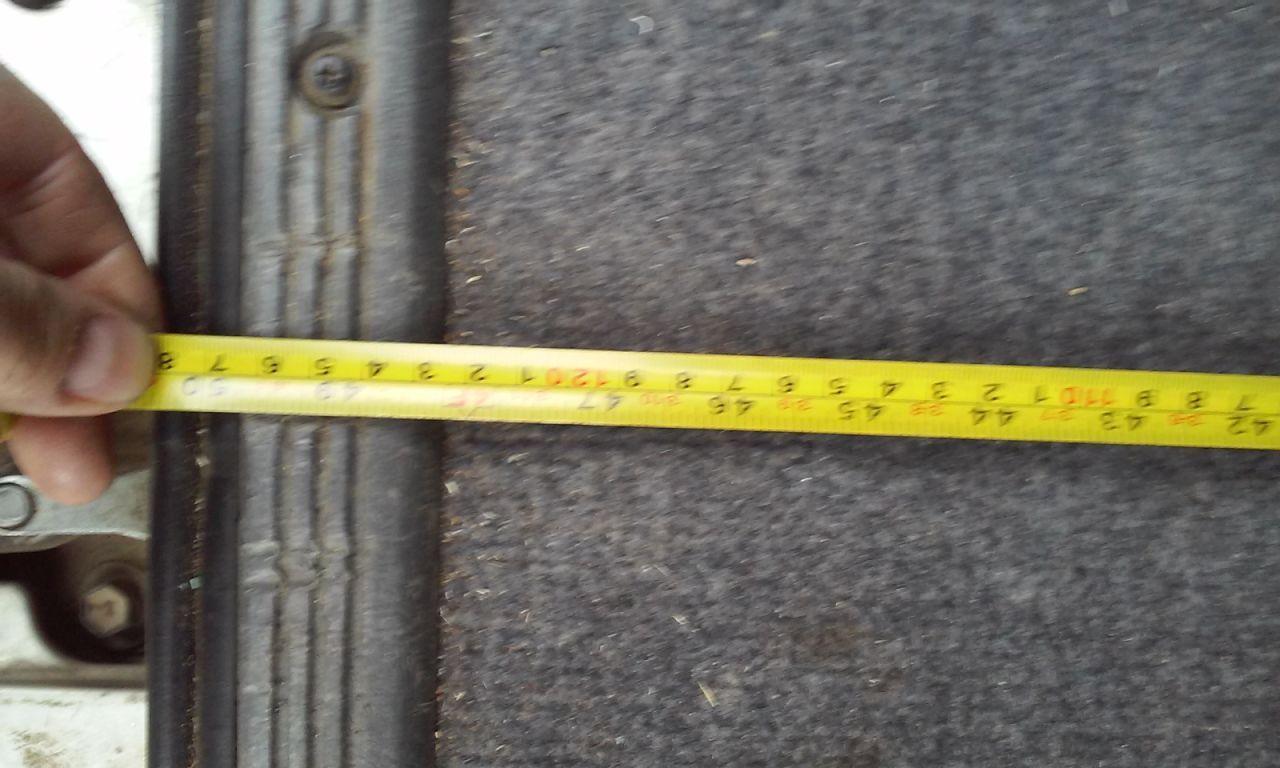 Глубина багажника со сложеным 3 рядом (1,2 м).
