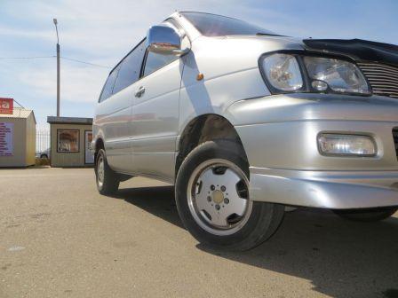 Toyota Town Ace Noah 1999 - отзыв владельца