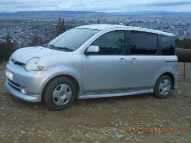 Toyota Sienta 2004 отзыв автора | Дата публикации 09.04.2018.
